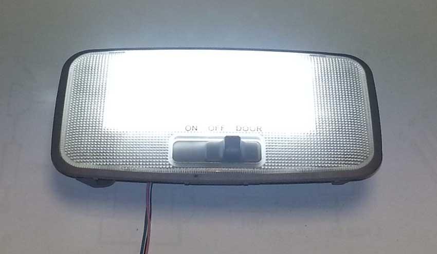 Toyota Yaris Ii Ledowe Oświetlenie Kabiny